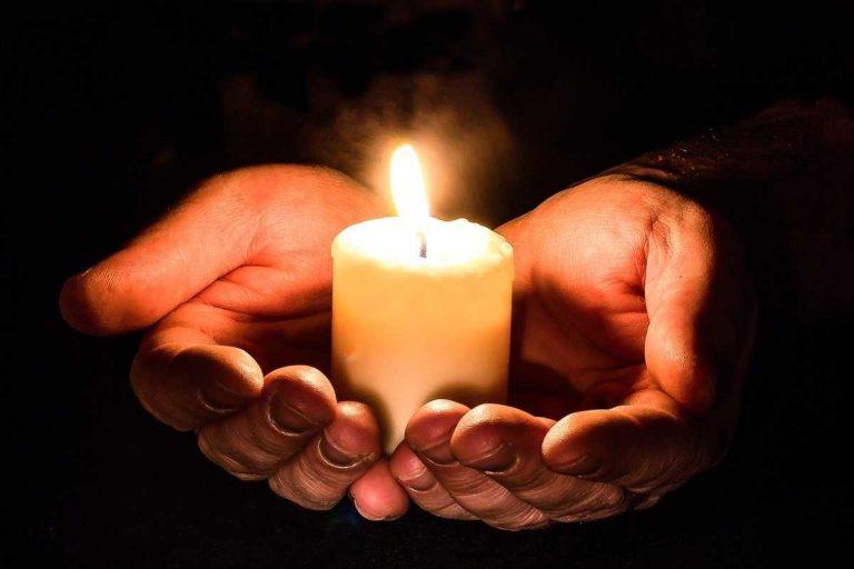 candle-hanuka